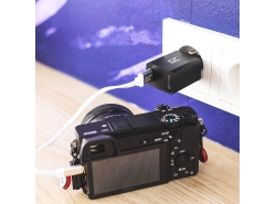 18W USB Charger with Quick Charge 3.0